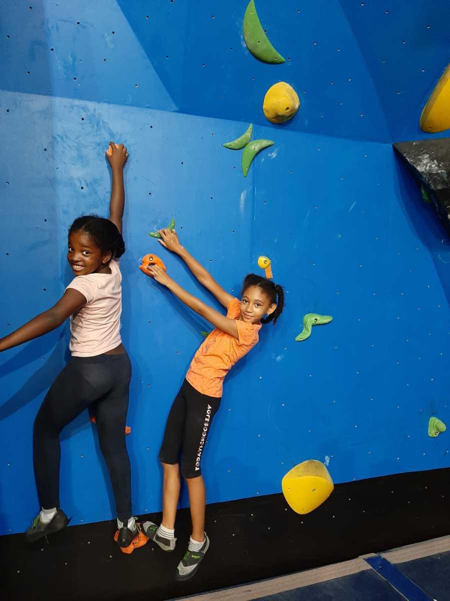 Kids climbing !