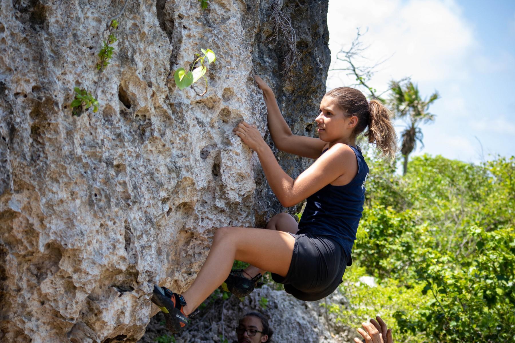 Madeleine-bouldering